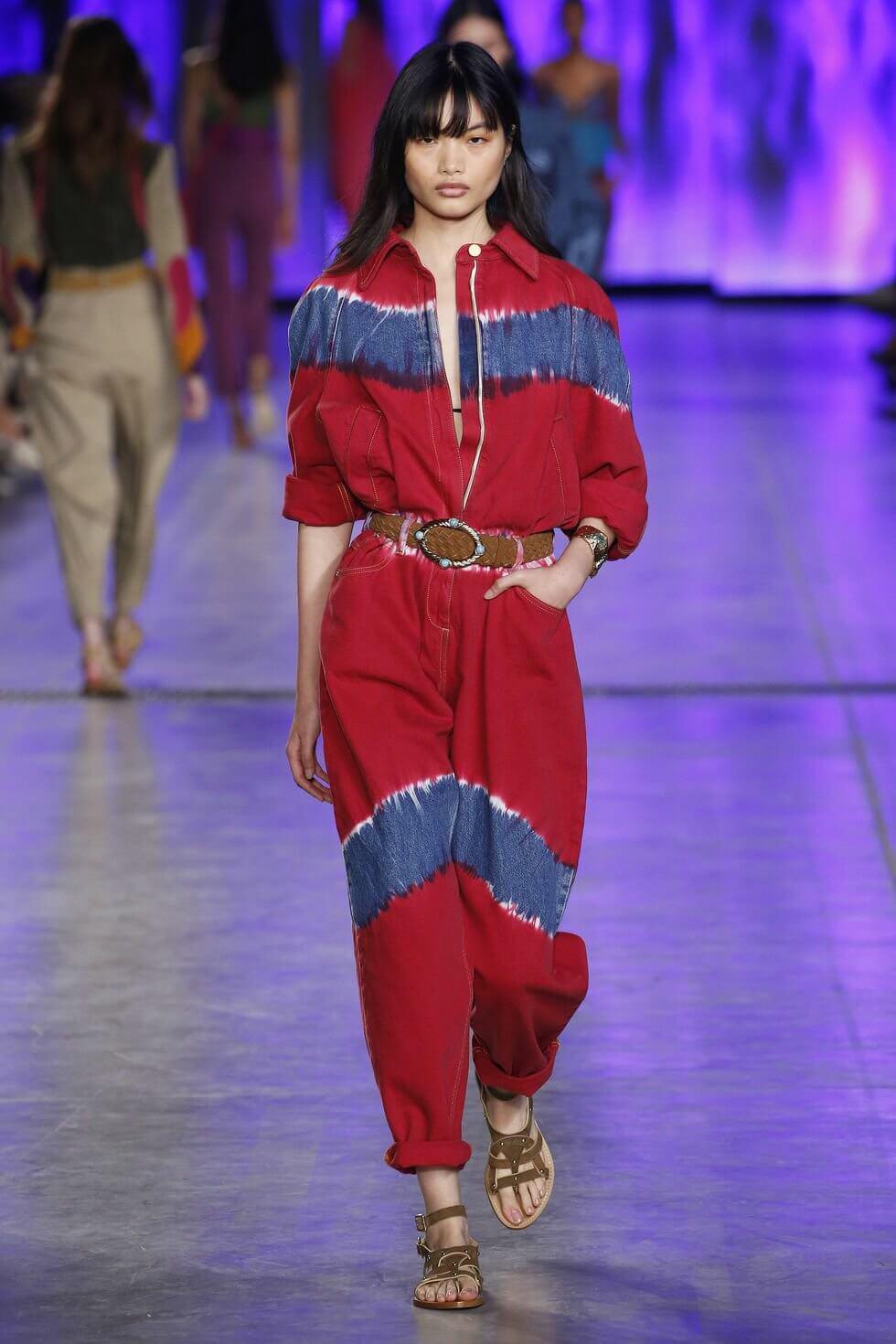 model walks the runway at the alberta ferretti show during news photo 15875844795874164507637025715